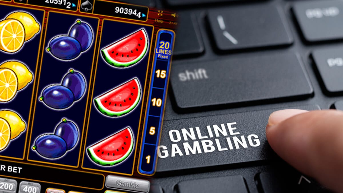 Why People Love Online Casinos For Playing Online Slots?